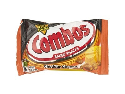 Cheddar Cheese Pretzel Combos® Baked Snacks 18ct